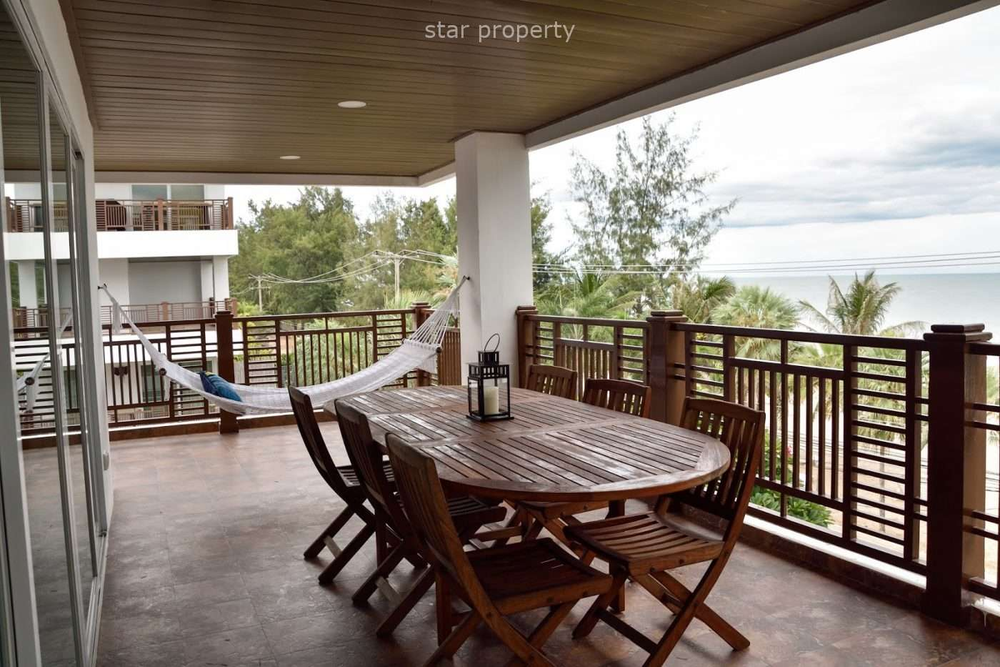 2 beds sea facing with balcony at The Beach codo Cha Am