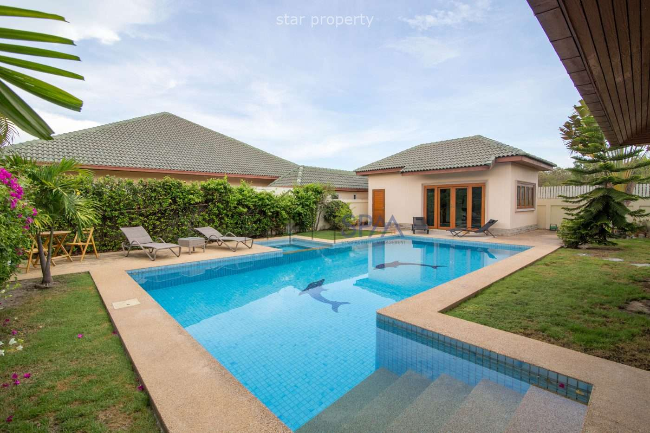 4 bedrooms Pool Villa at Coconut Garden 3 , Hua Hin soi 70 at Coconut Garden 3