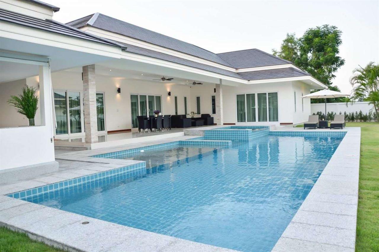 3 beds 3 baths at Palm Villa Hua Hin