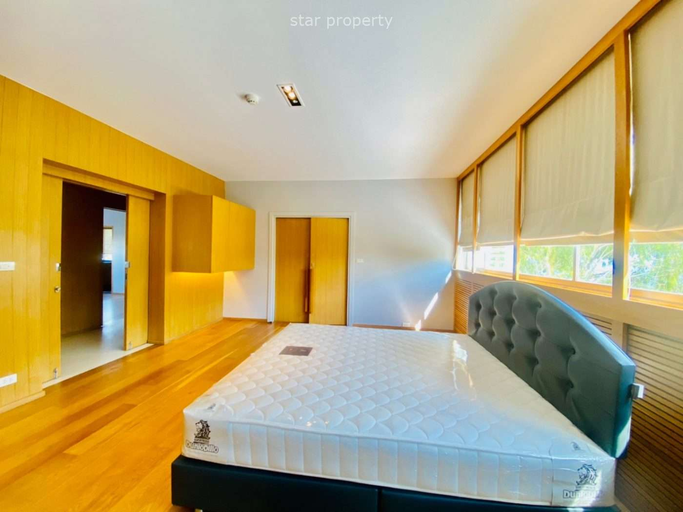 Luxury 4 Bedrooms condo for sale at Royal Princess Hua Hin