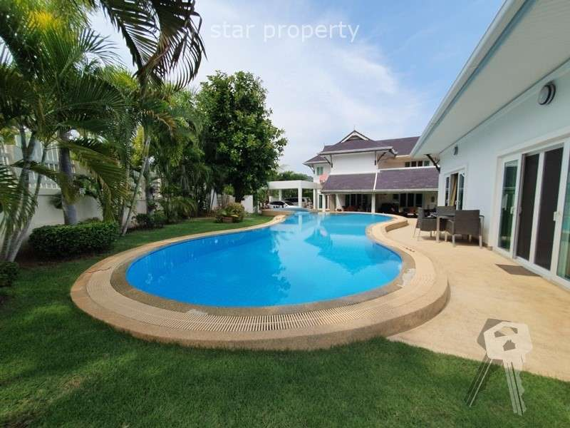 3 bedrooms 1 guest room pool villa