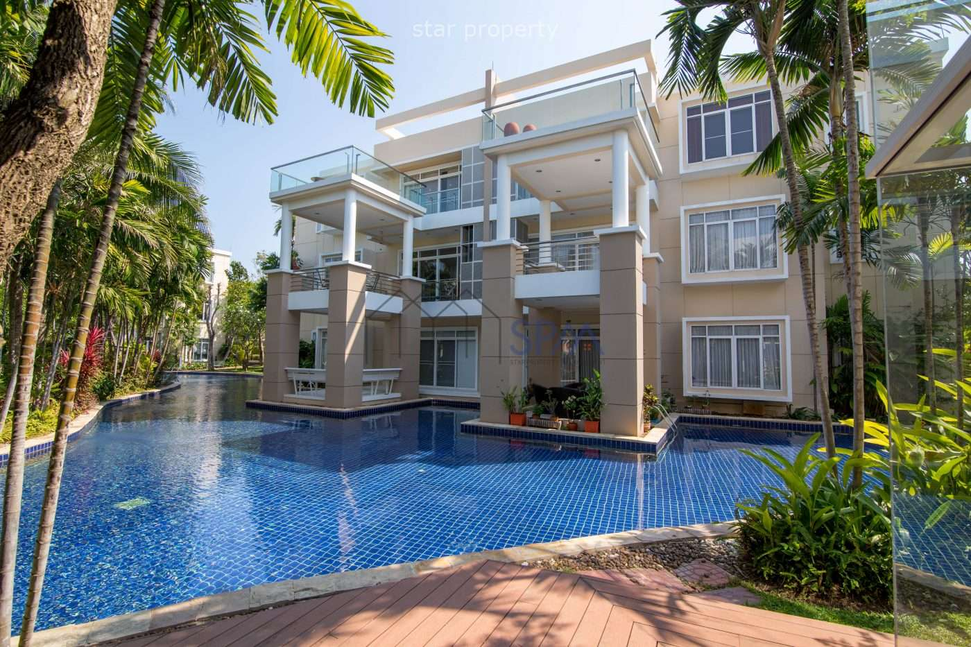 Stunning 2 Storey Pool Villa 4 beds for sale at Blue Lagoon