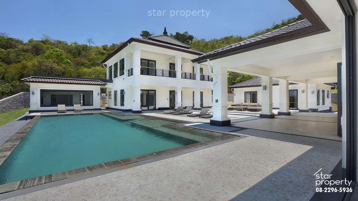 Luxury 7 Bedrooms Pool Villa near Golf Club at Banyan Villa