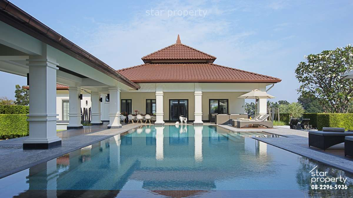 Luxury 6 Bedrooms Villa near Golf Club at Banyan Villa