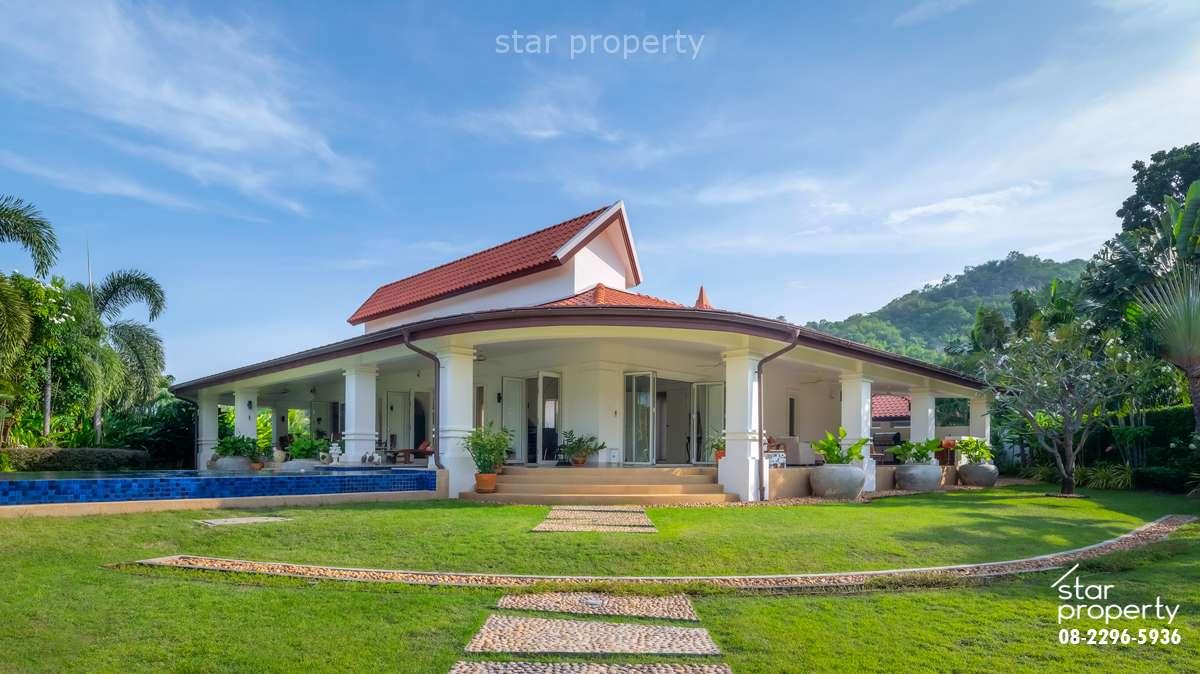 3 Bedrooms With Pool View near Golf Club at Banyan Villa